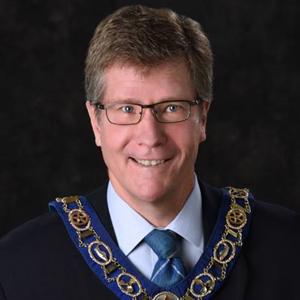 Mayor Saunderson
